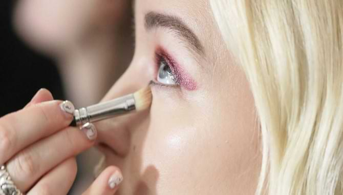 21 Best Concealer for under eyes According to Expert